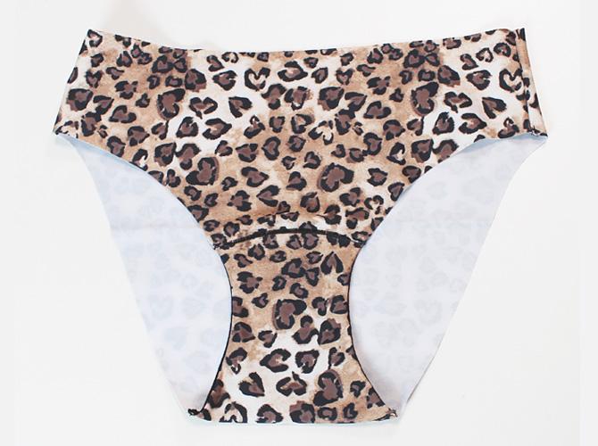 【antigel】【アンティジェル】0166 ヒップハングショーツ Leopard